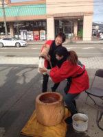 HANABUSA 餅つき大会を開催しました!